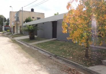 Moderna casa en venta en Amaneceres del Seminario FINANCIADA